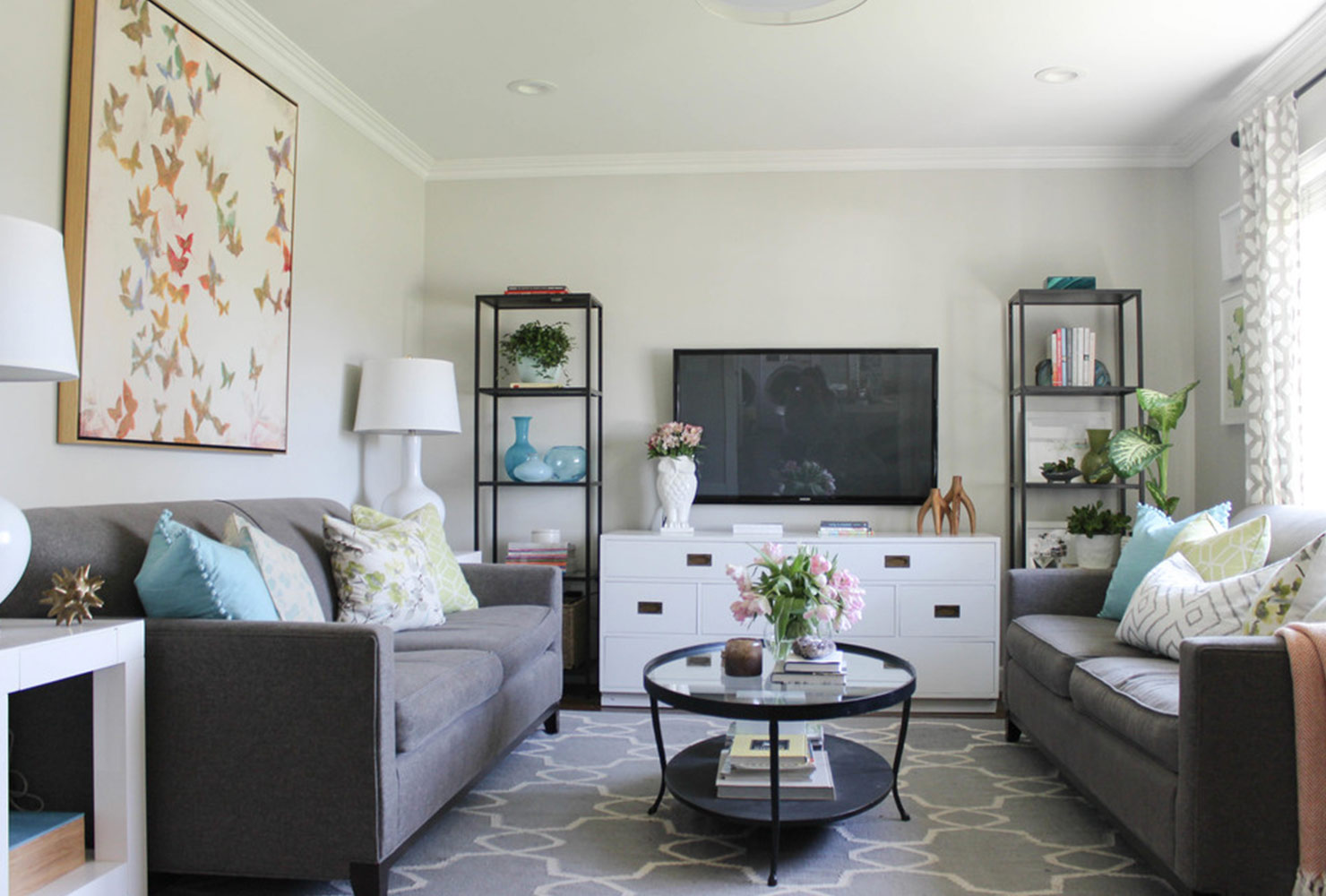 21 Ways To Decorate A Small Living Room And Create E
